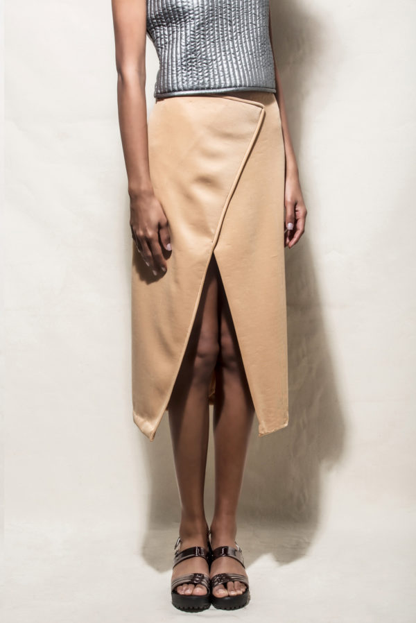 Echo Overlap Slit Skirt (SKUEW1610)